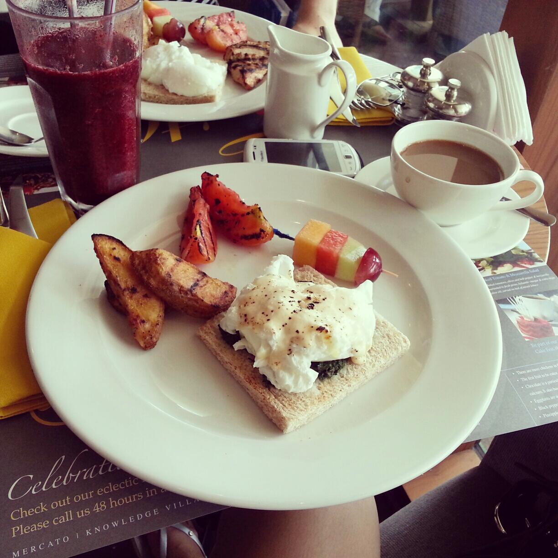 Gourmet Breakfast Cafe