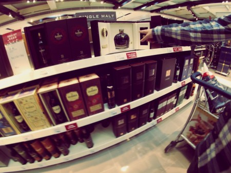 Shopping at Hongkong Airport
